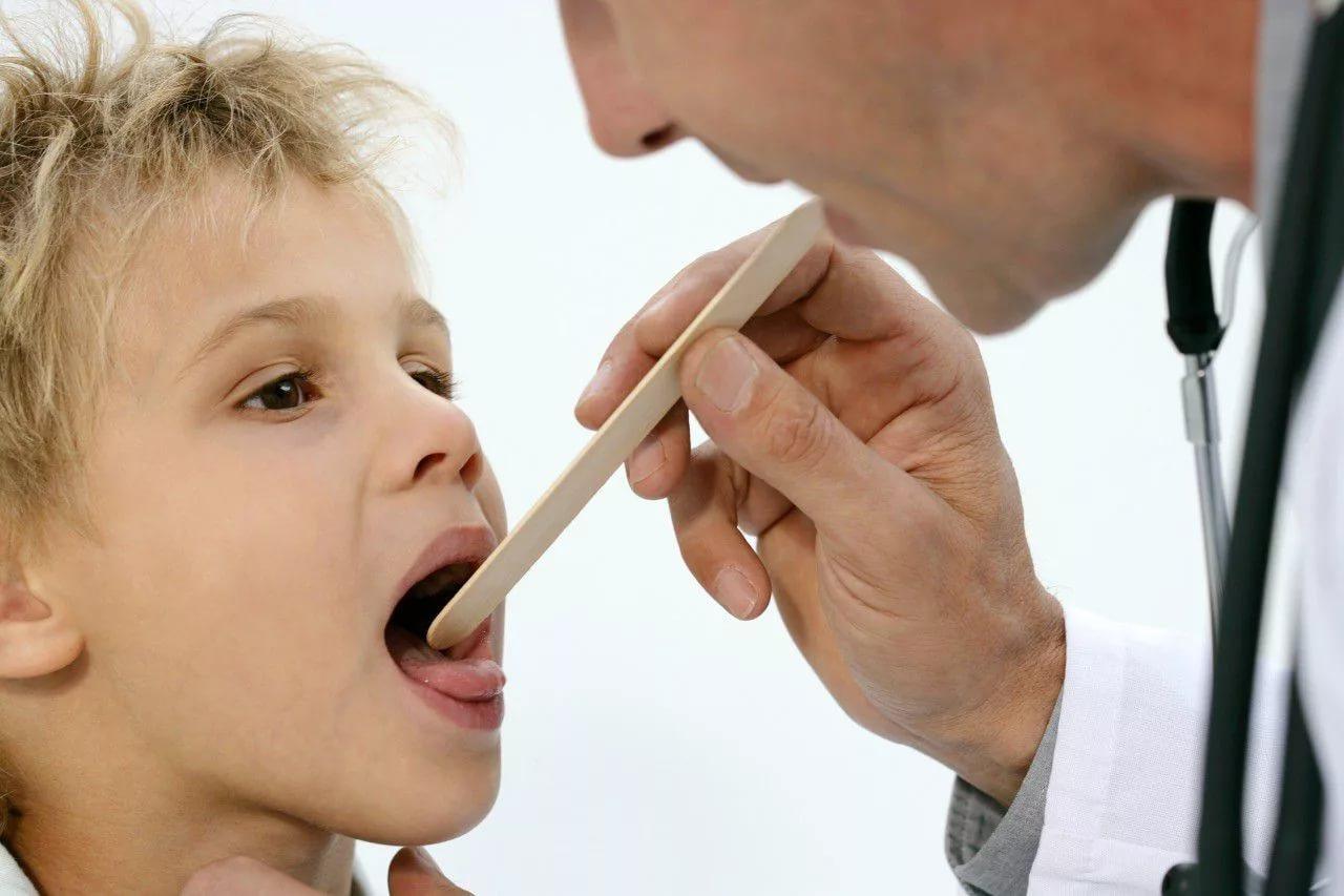 Как вылечить ларинготрахеит у детей в домашних условиях